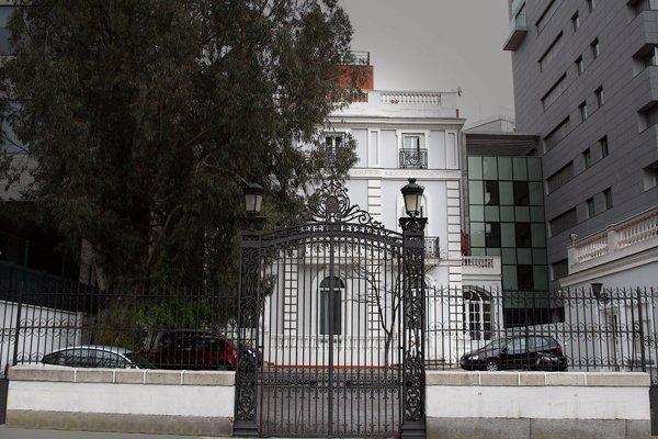palacete de Madrid, Antonio Báez, cuento