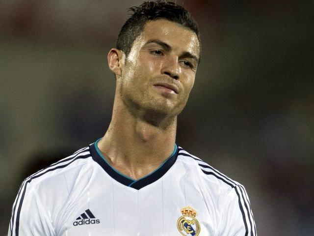 """Cristiano Ronaldo"", ""Fútbol"", ""tristeza"""