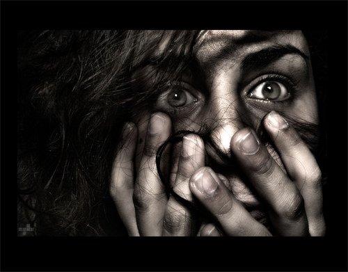 Adictos al miedo, artículo, textamento