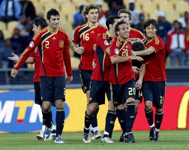 selección española de fútbol, dictaduras, cazorla, fernando llorente