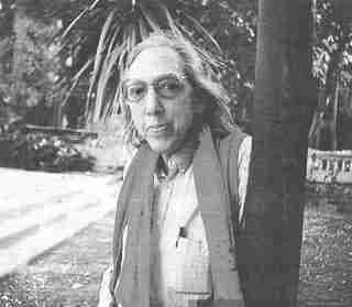 Poeta, Juan Luis Martínez