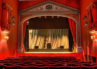 componentes, obras de teatro cortas
