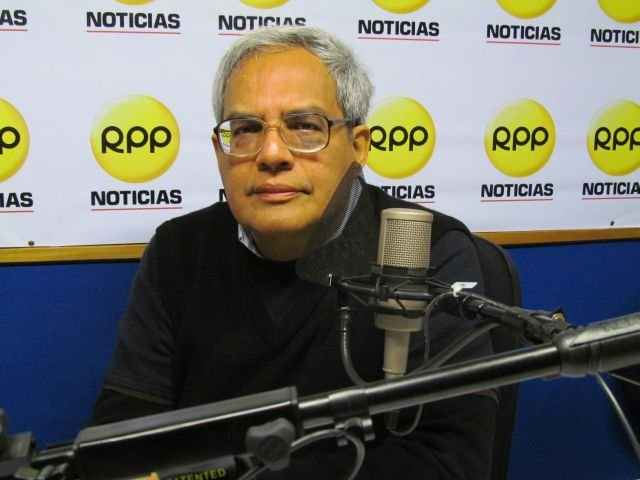 Armando José Sequera, microrrelato, esquizofrenia