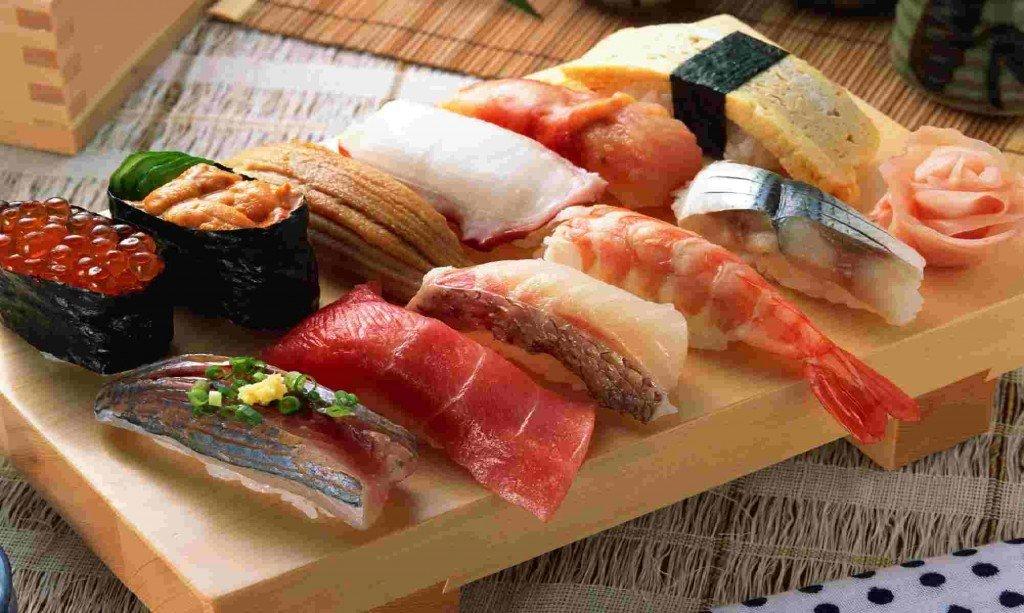 sashimi, microrrelato, carlos gracia train