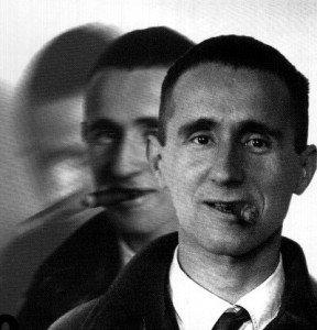 Cuento, Bertolt Brecht, El manto del hereje