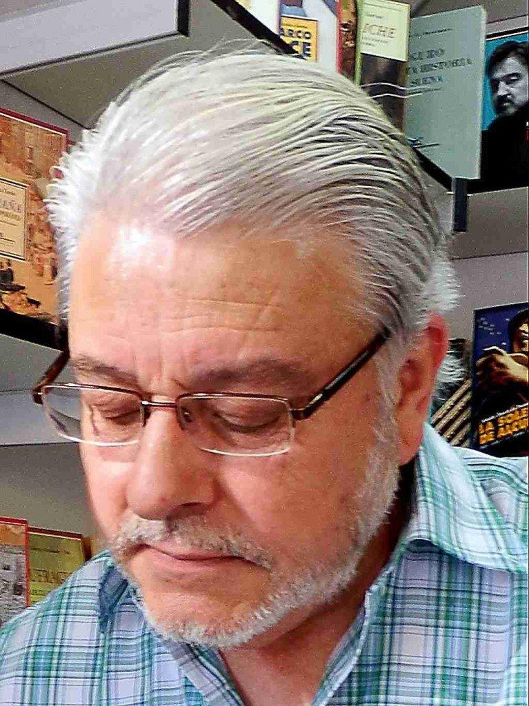 Poeta, Manuel Neila