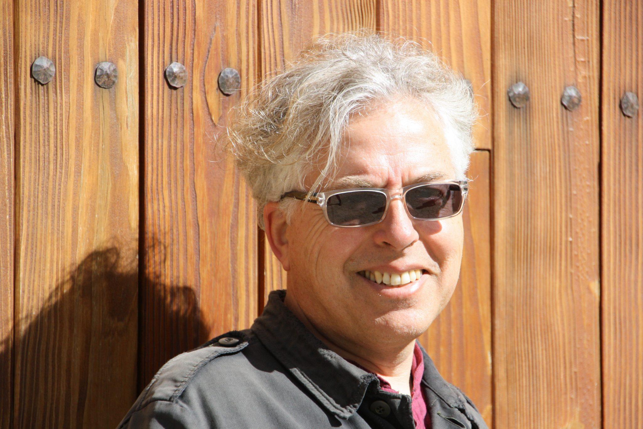 Poema, Antonio Orihuela, En el país de los ahoritas