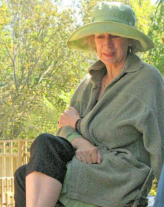 Cuento de Margaret Atwood, Pan