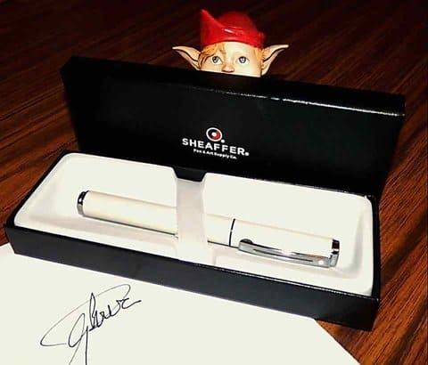 plumas estilográficas y bolígrafos