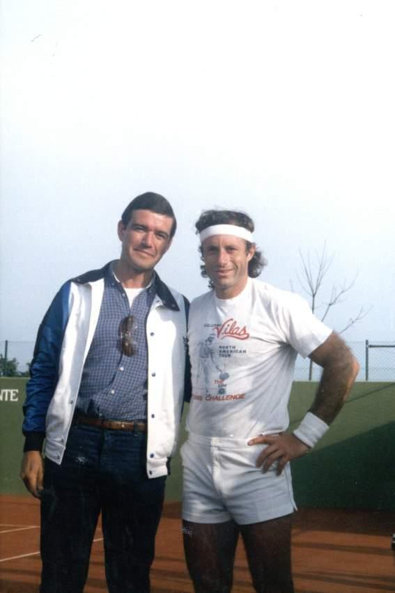 José Antonio García Recuero con el tenista Guillermo Vilas
