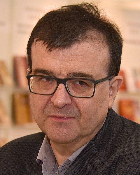 Javier Cercas, novelas, Terra Alta, Independencia