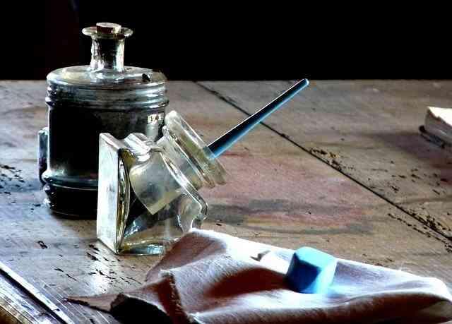 pluma de escribir, poema